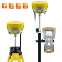 GeoMax Zenith35 Pro Flexible GPS / GNSS  Base and Rover Set, GSM-UHF-TAG